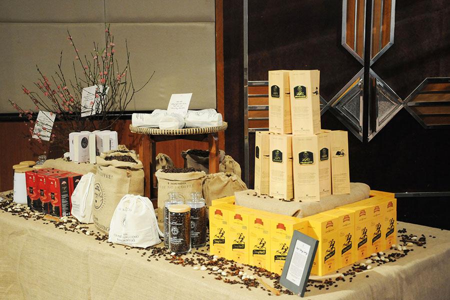 Họp báo Lễ hội Cà Phê Buôn Ma Thuột lần thứ 6 và Liên hoan văn hóa Cồng chiêng Tây Nguyên năm 2017 tại Hà Nội