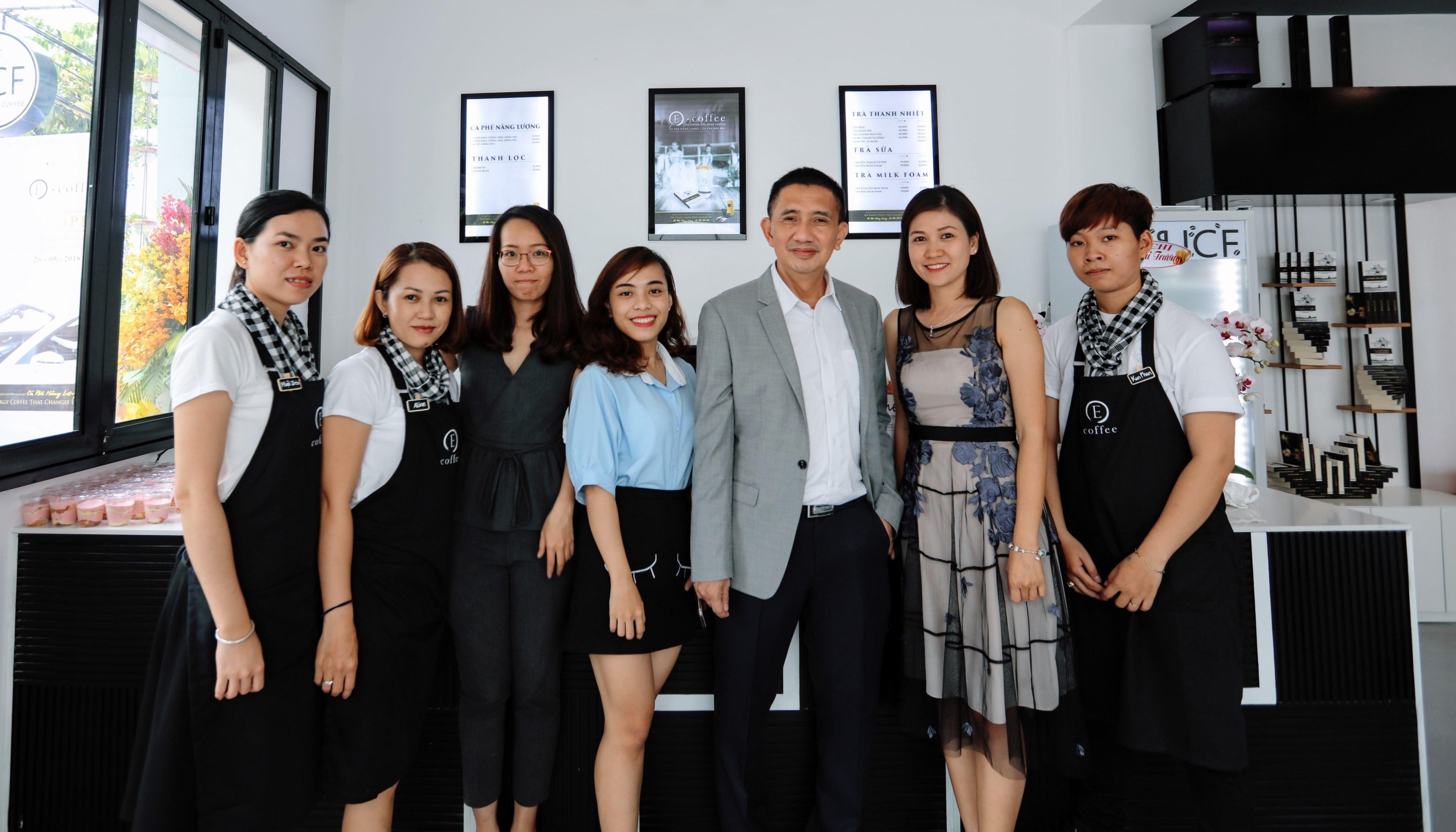 E-coffee chính thức khai trương cửa hàng nhượng quyền đầu tiên tại Miền Tây