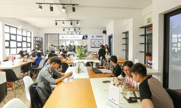E-coffee - Hệ thống cửa hàng chuyên cà phê năng lượng, cà phê đổi đời được giới trẻ yêu thích và đang nhượng quyền phát triển nhanh chóng