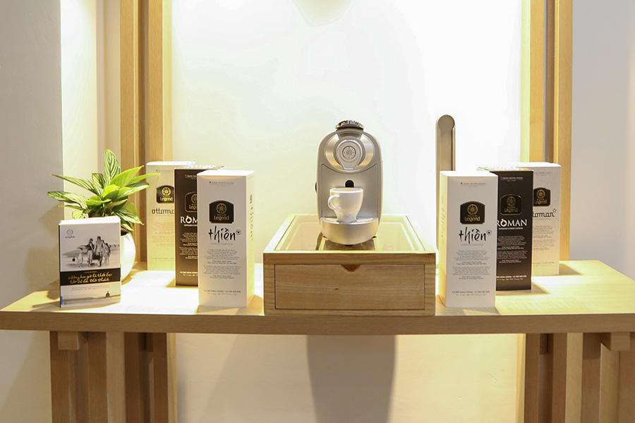 Trung Nguyên Legend Capsule là dòng sản phẩm cà phê viên nén đầu tiên và duy nhất hội tụ ba nền văn minh cà phê thế giới Thiền - Roman - Ottoman