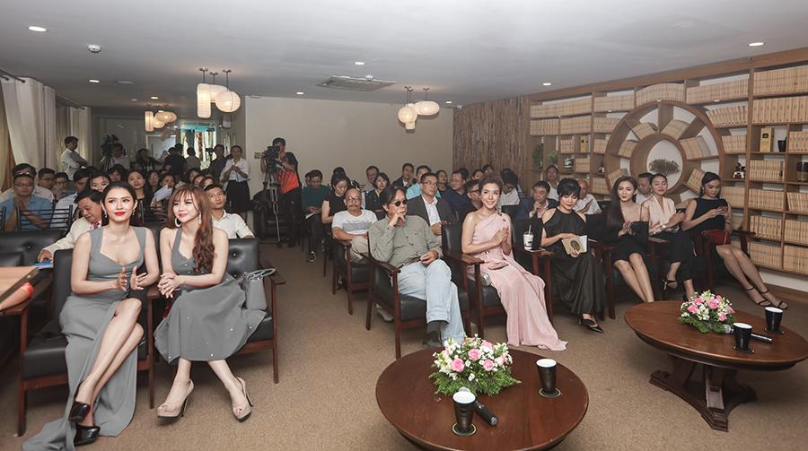 """Chương trình họp báo ra mắt """"Duyên Dáng Việt Nam 30"""" ngày 21/12/2018 với sự tham gia đông đảo của giới nghệ sĩ, các nhân vật ảnh hưởng, báo chí truyền thông."""