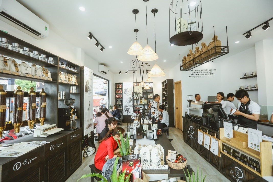 Trung Nguyen E-Coffee – The system of world coffee retail stores of Trung Nguyen Legend Group has quickly created a strong explosion wave.